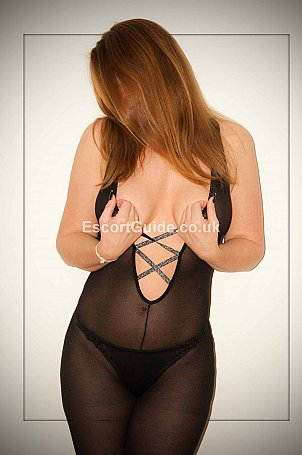 Jasmine Jones Escort in Bristol