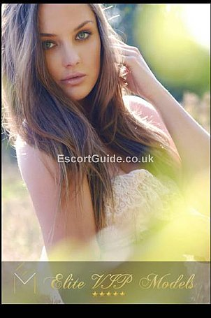 Klaudia Escort in London