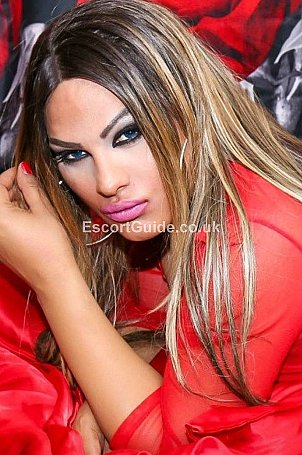 Shemale Victoria Cavalli Escort in London