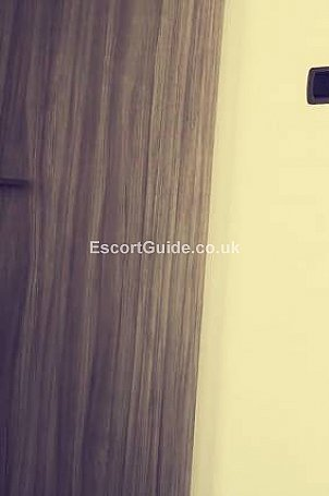 Daisy Samuels Escort in Edinburgh