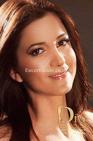 Antoinette Escort in London