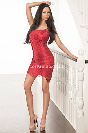Axelle Escort in London