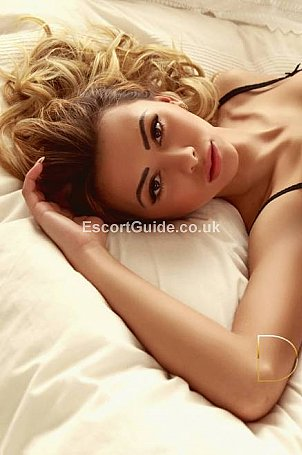 Lexi Escort in London