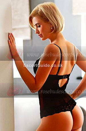 Adelina Escort in London
