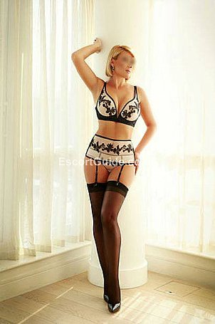 Nicole Escort in London