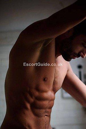 Leon Faro Escort in London