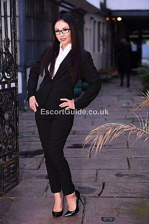 Suzi Starr Escort in London