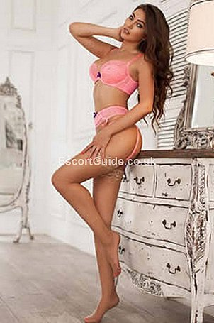 Melinda Escort in London