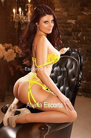 Iza Escort in London