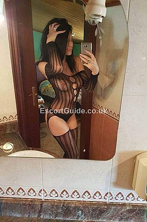 Sibel Escort in Leamington Spa