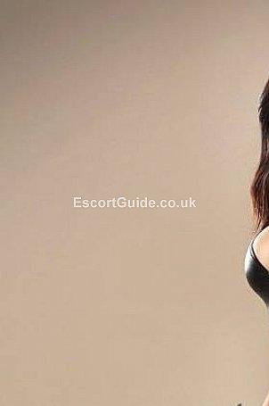 Aysha Escort in London