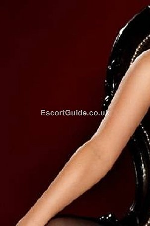 Dani Escort in London