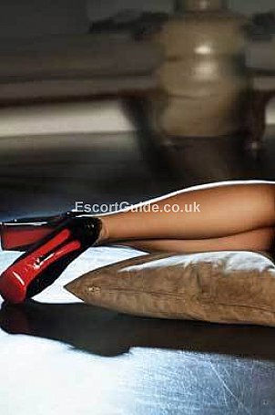 Liz Escort in London