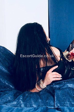 Victoria Escort in Widnes