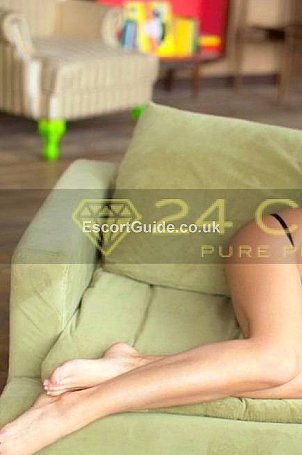 Claudia Escort in London