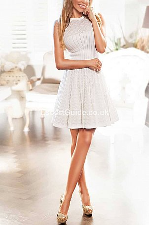 Evone Escort in London