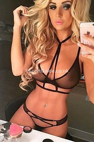 Elena Escort in Hereford