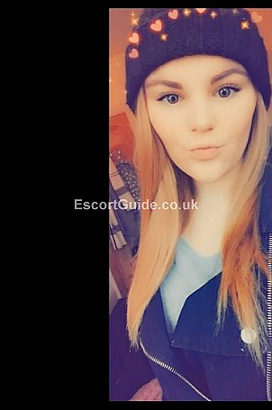 Charlieexox Escort in Bournemouth