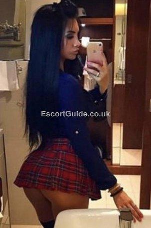 Kelly Escort in Swindon