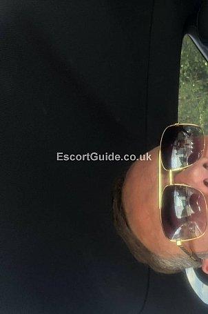 Richardo Escort in Huddersfield