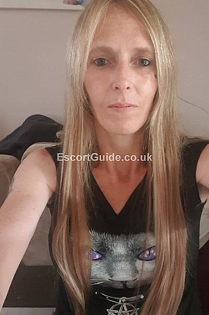 Sharla Escort in Portsmouth