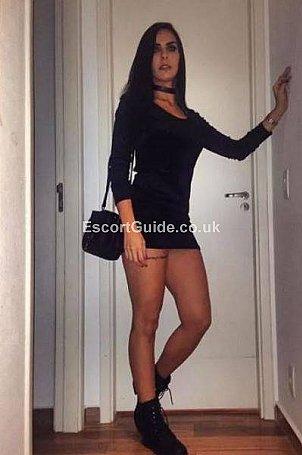 Hellen Escort in London