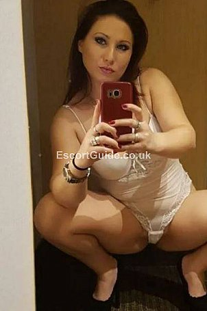 Adelle Escort in London