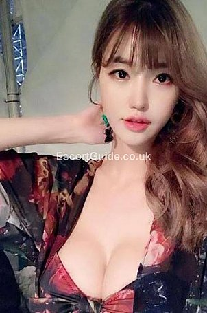 Lucy Escort in Oxford