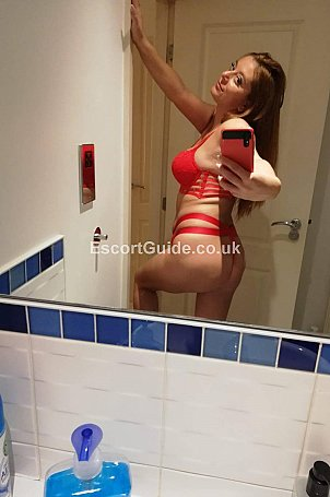 Beky69 Escort in Brentwood