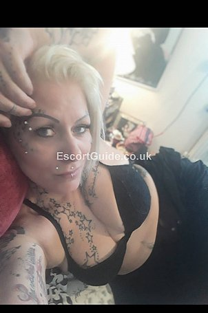 Dea Escort in London