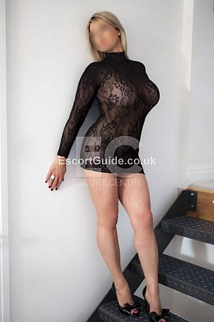 Monika Escort in Leeds