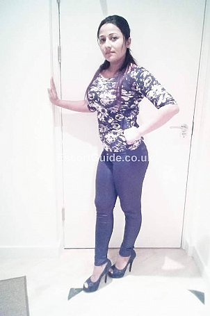 JESICA Escort in Luton