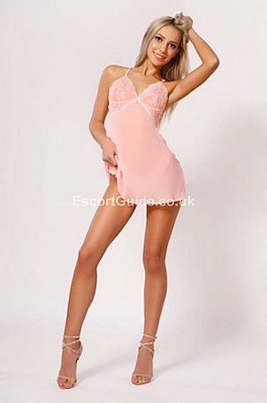 Karina Sparkles Escort in High Wycombe
