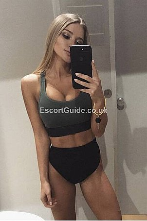 Anabella Escort in Burnley
