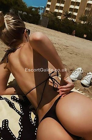 Daniella Escort in Dover