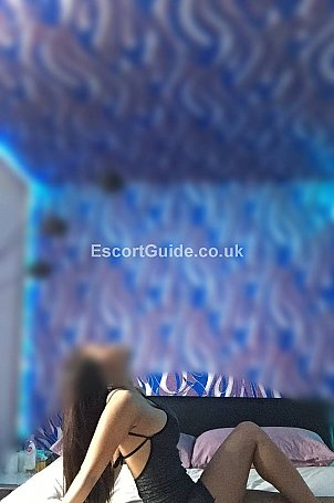 Sexy Thai hot Lora Escort in Taunton