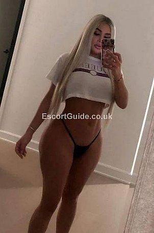 Claudia Escort in Edinburgh