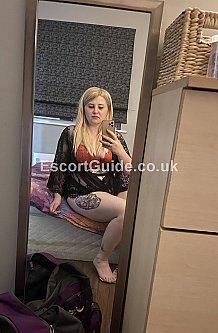 Blonde Maya Slough