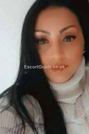 Cristina Escort in Oldham