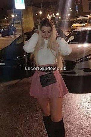 Alesya Escort in Bradford