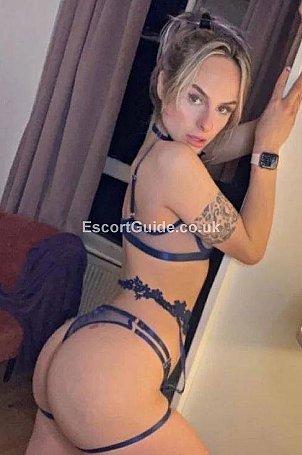 Nicole Escort in Colchester